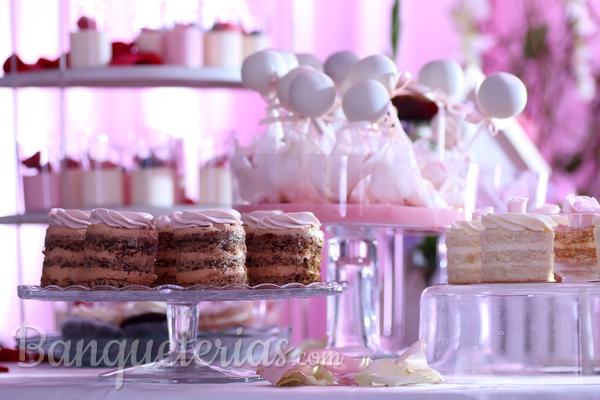 ¿Qué es una mesa dulce y cómo hacerla inolvidable?