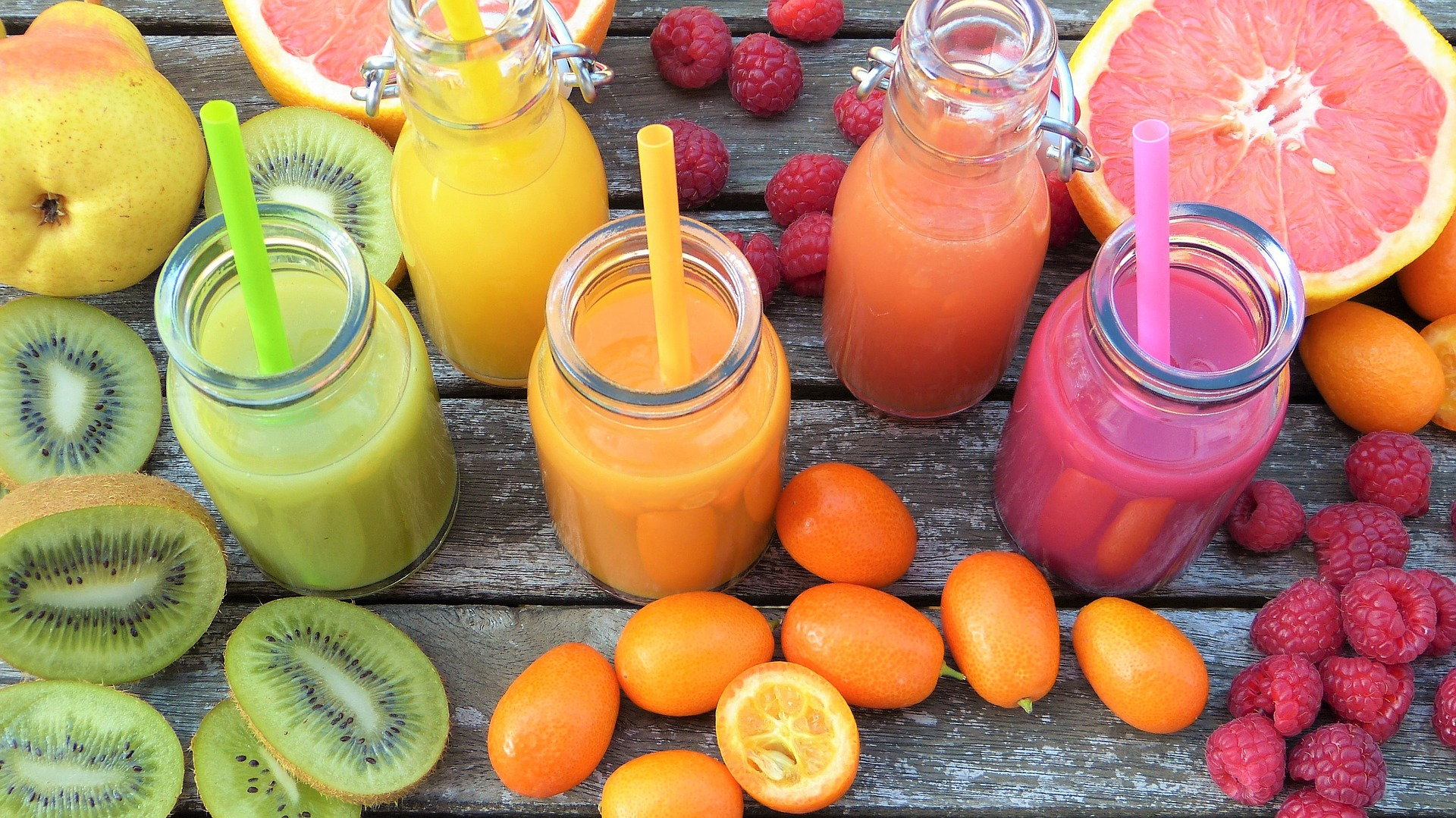 smoothies-2253423-1920.jpg